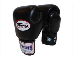 Перчатки боксерские Twins BGVL-3 для муай-тай (черные)